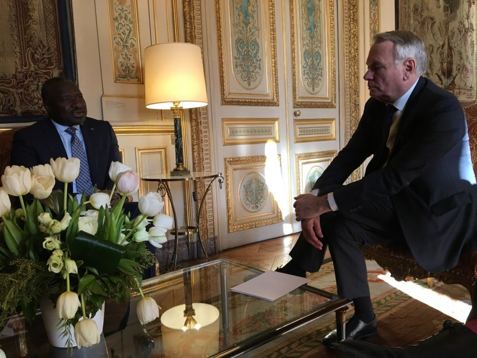 Lassina Zerbo and Jean-Marc Ayrault. - JPEG