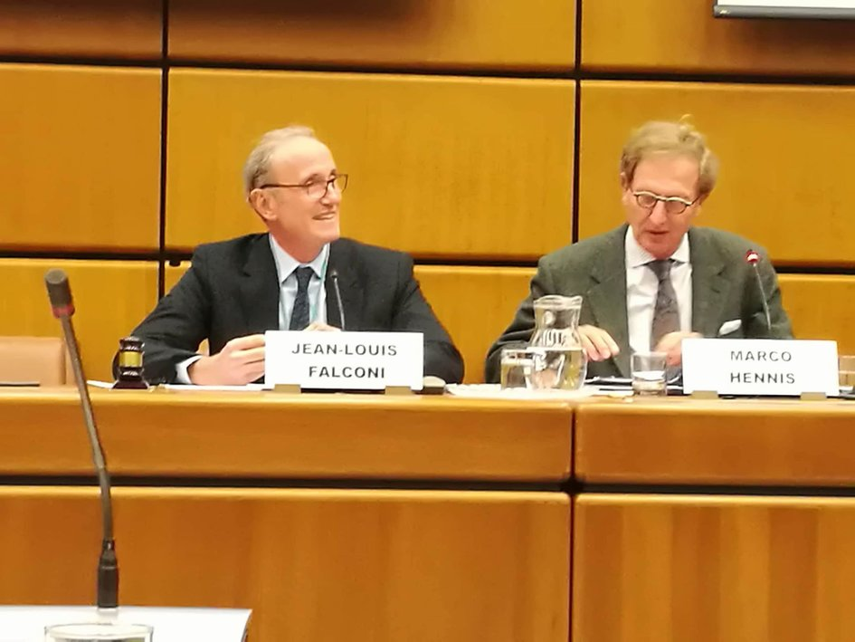 H.E. Jean-Louis Falconi, Ambassador, permanent representative of France to the United Nations in Vienna (left) and H.E. Marco Hennis, Ambassador, permanent representative of the Netherlands to the United Nations in Vienna (right). - JPEG